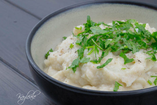 Cover Get Healthy with this Creamed Cauliflower with parsley!