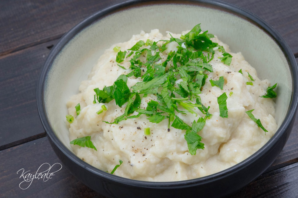 Full Get Healthy with this Creamed Cauliflower with parsley!